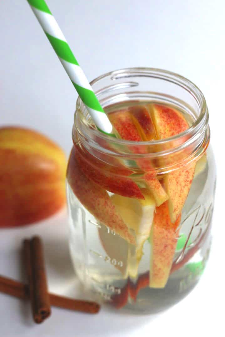 apple-cinnamon-detox water