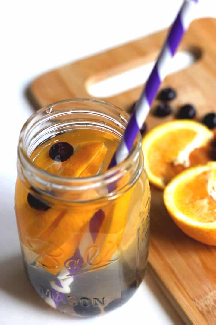 orange-blueberry-detox-water