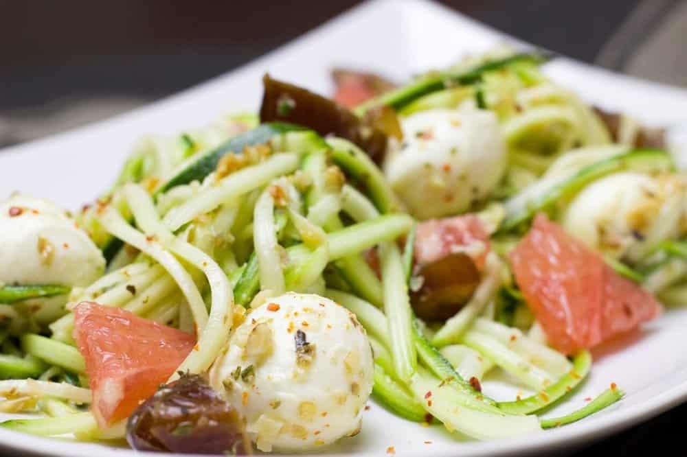 zero-calorie-foods-zucchini-pasta