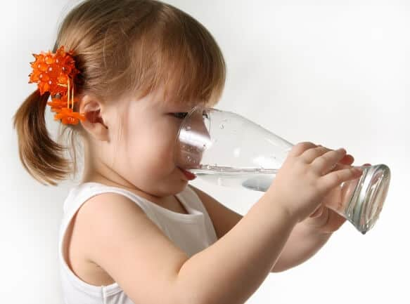 Lose Weight By Drinking Water - Girl Drinking