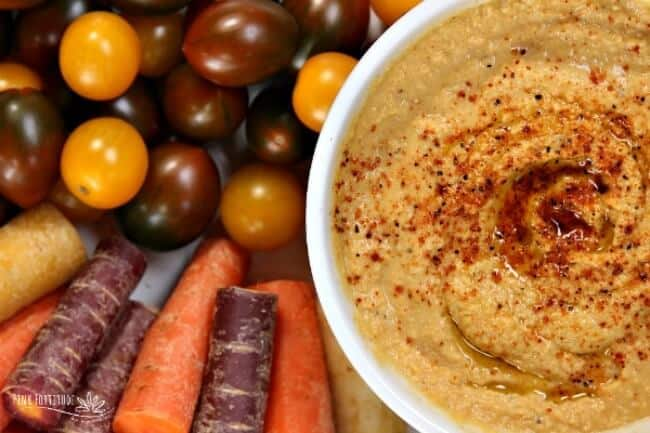 Make ahead thanksgiving appetizer - pumpkin hummus