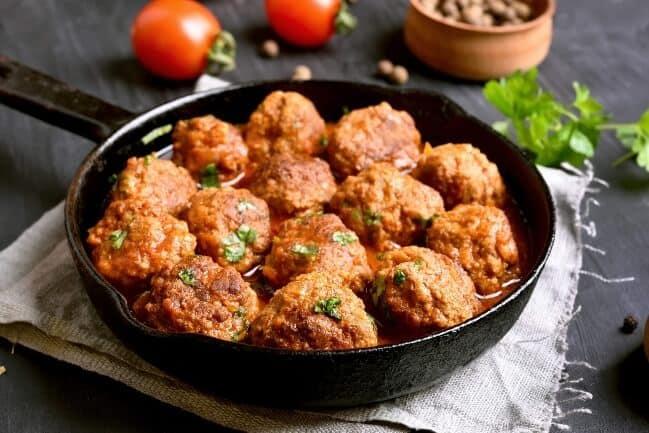 Make ahead thanksgiving appetizer - tomato dijon turkey meatballs