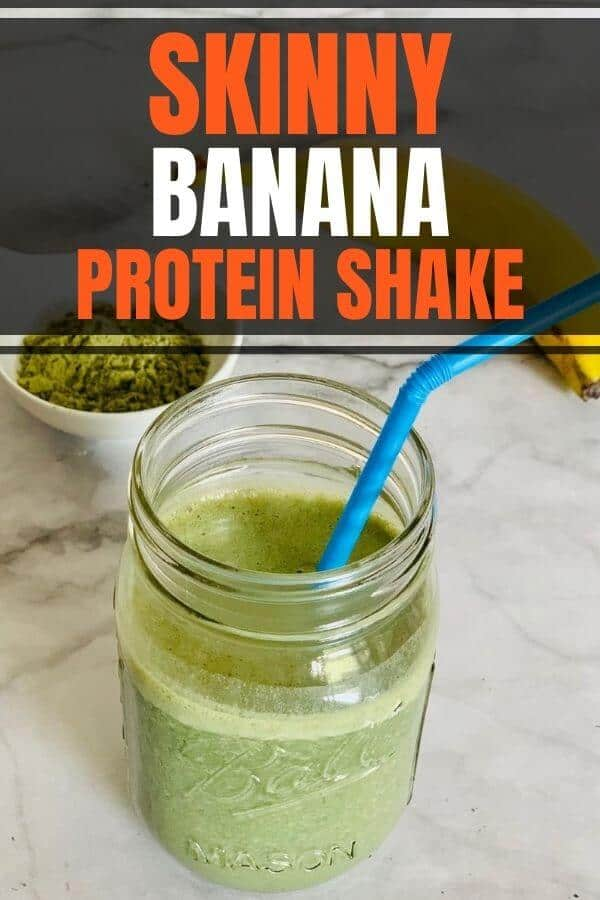 Easy and healthy banana protein shake recipe to lose weight for women. Homemade with a vegan or whey protein powder in vanilla or chocolate flavors. It's a great low calorie breakfast shake for your busy mornings!
